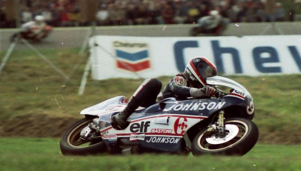 Eric Saul e sua Chevallier 350 em 1982, no circuito de Assen. (Arquivo Eric Saul)